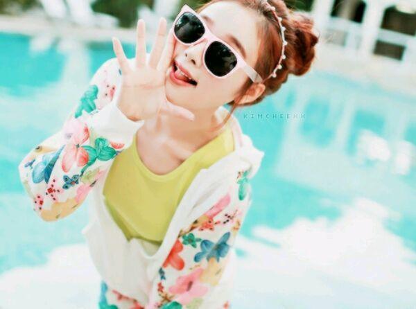 صور كورية تعرفو على فتاة التي احب